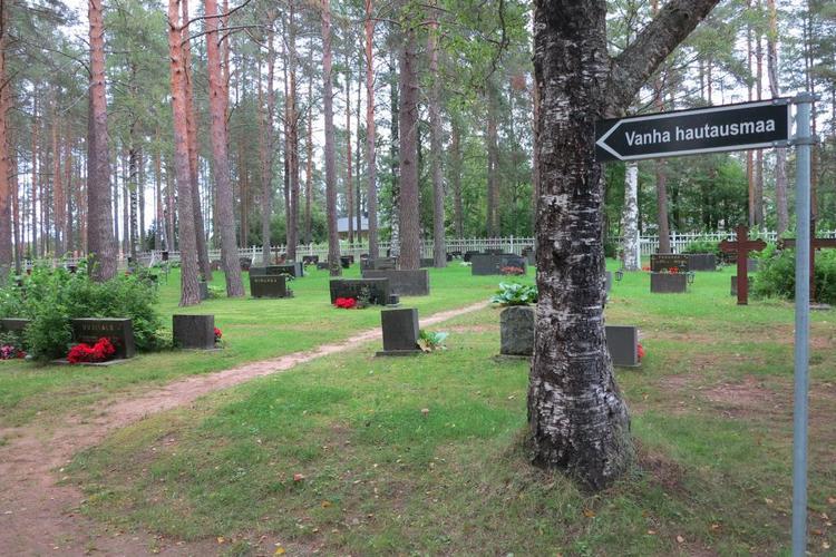 Pulkkilan vanha hautausmaa